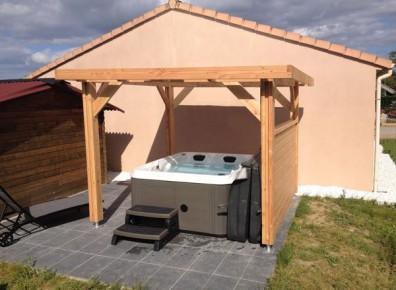 Ossature bois toit plat abri bois et charpentes avec toit pour votre abri v - Toit retractable pour spa ...