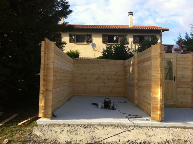 Montage garage en bois : mise en place des madriers