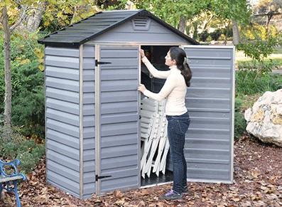 Abri de jardin r sine 188 x 110 cm for Cabanon de jardin resine