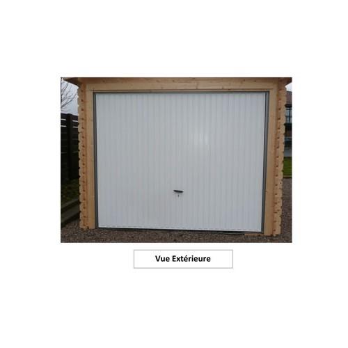 Garage bois porte basculante serrure et porte lat rale pour un acc s facili - Montage porte basculante ...